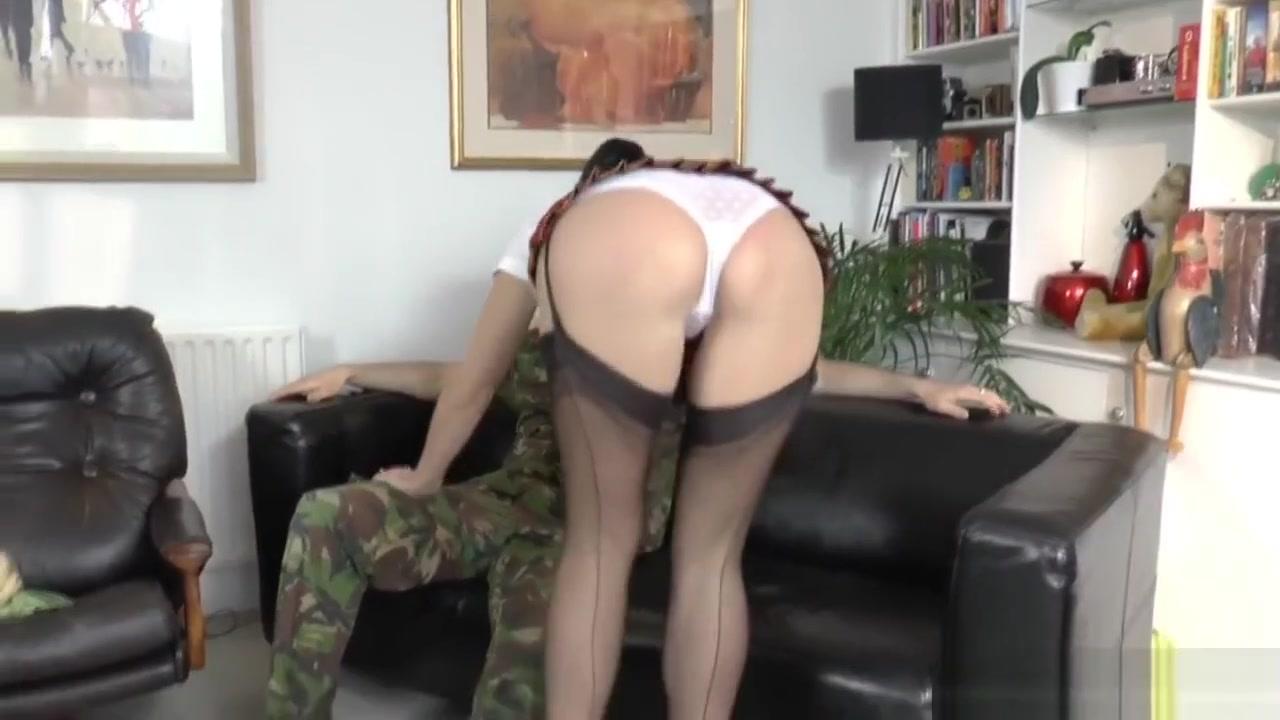 New xXx Pics Slit skirt porn