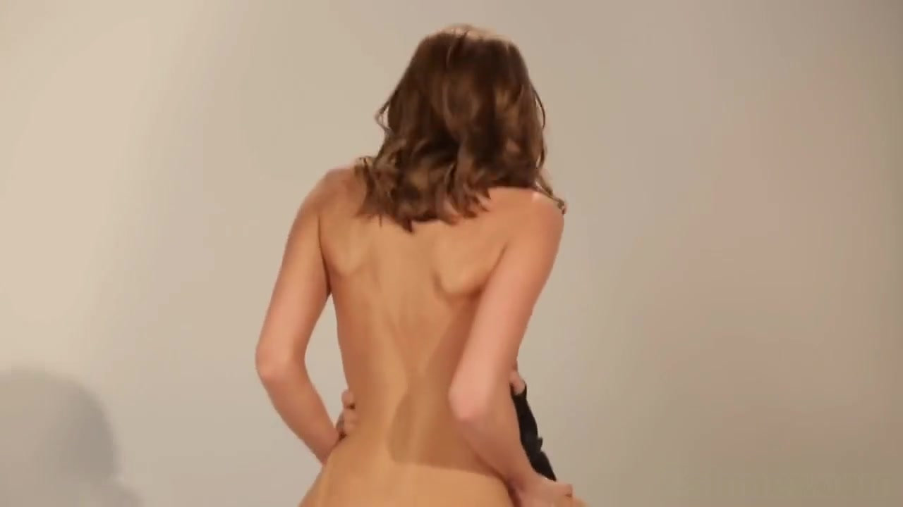 Hot Nude Devojcica sa sibicama online dating