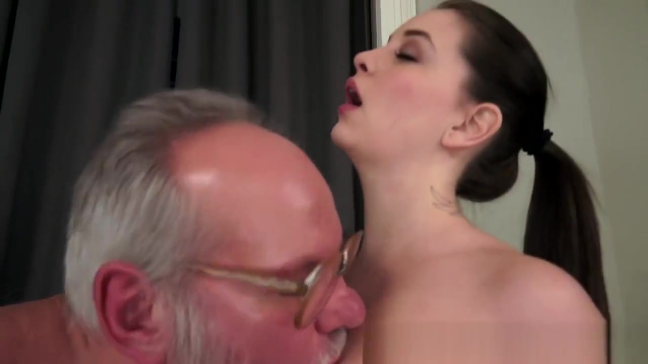 XXX Video Girls grinding boys naked