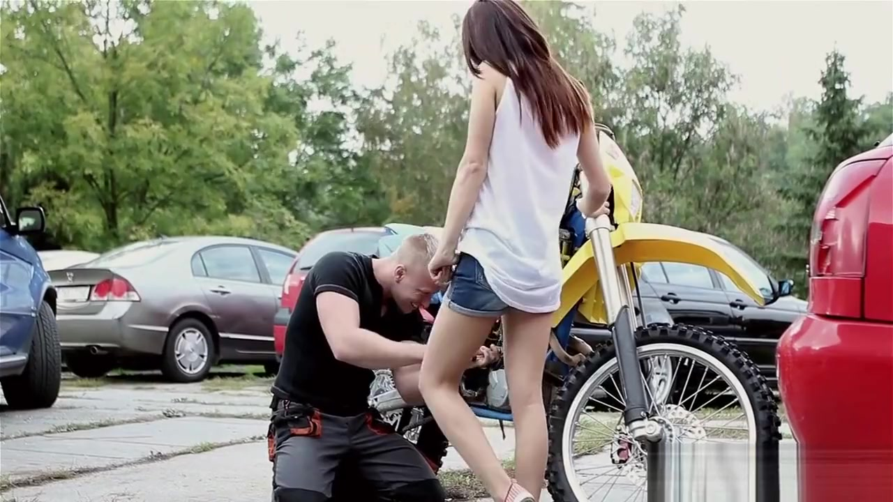 Hot porno Sa pagdating ng panahon smugglaz fliptop