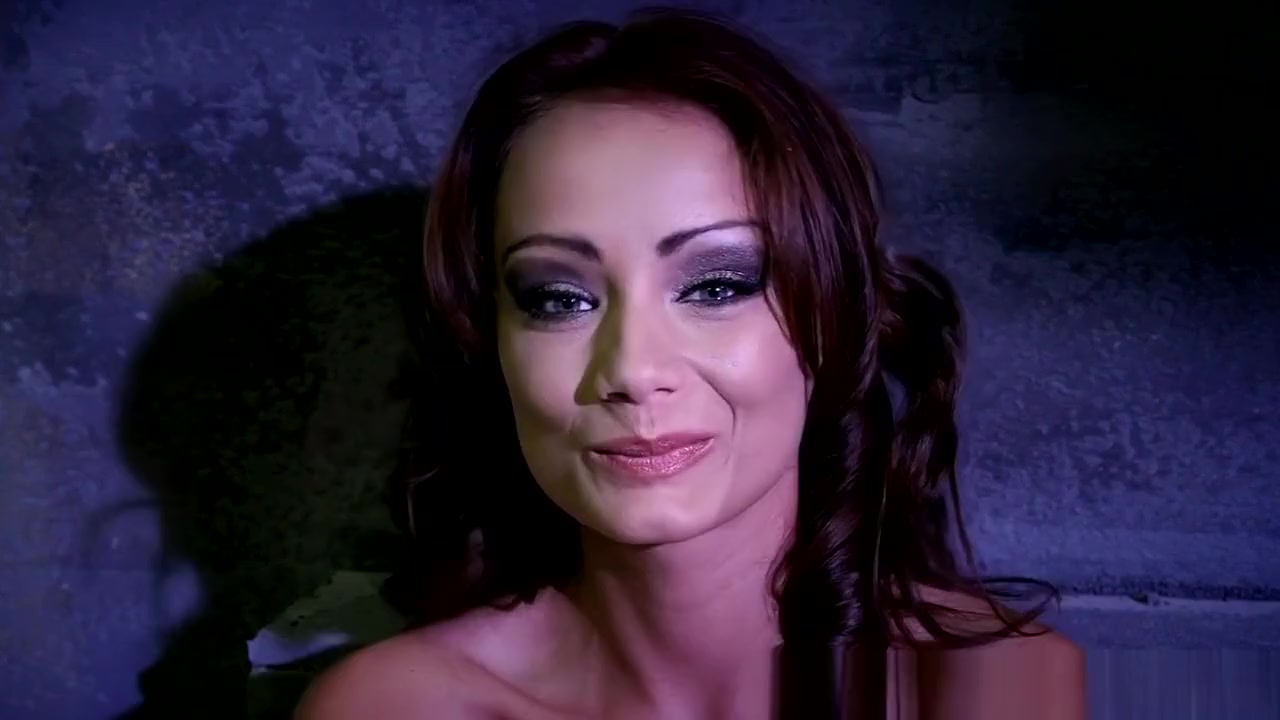 fuck porn bitch bald girl xXx Images