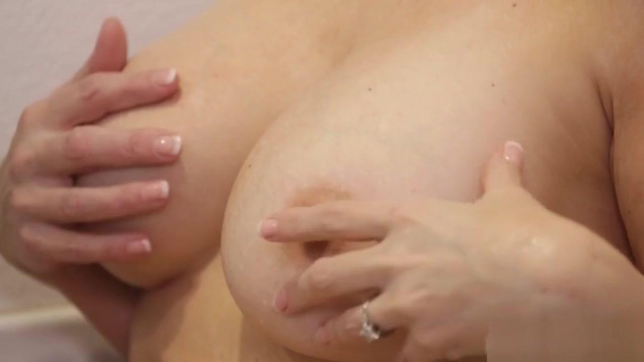 Sexe moved Lesbianj orgasam