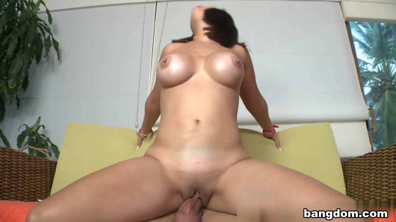 a girl loosing her virginity Nude photos