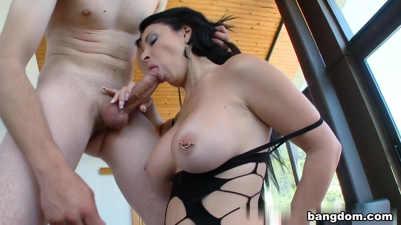 Attractive native american woman Sexy por pics