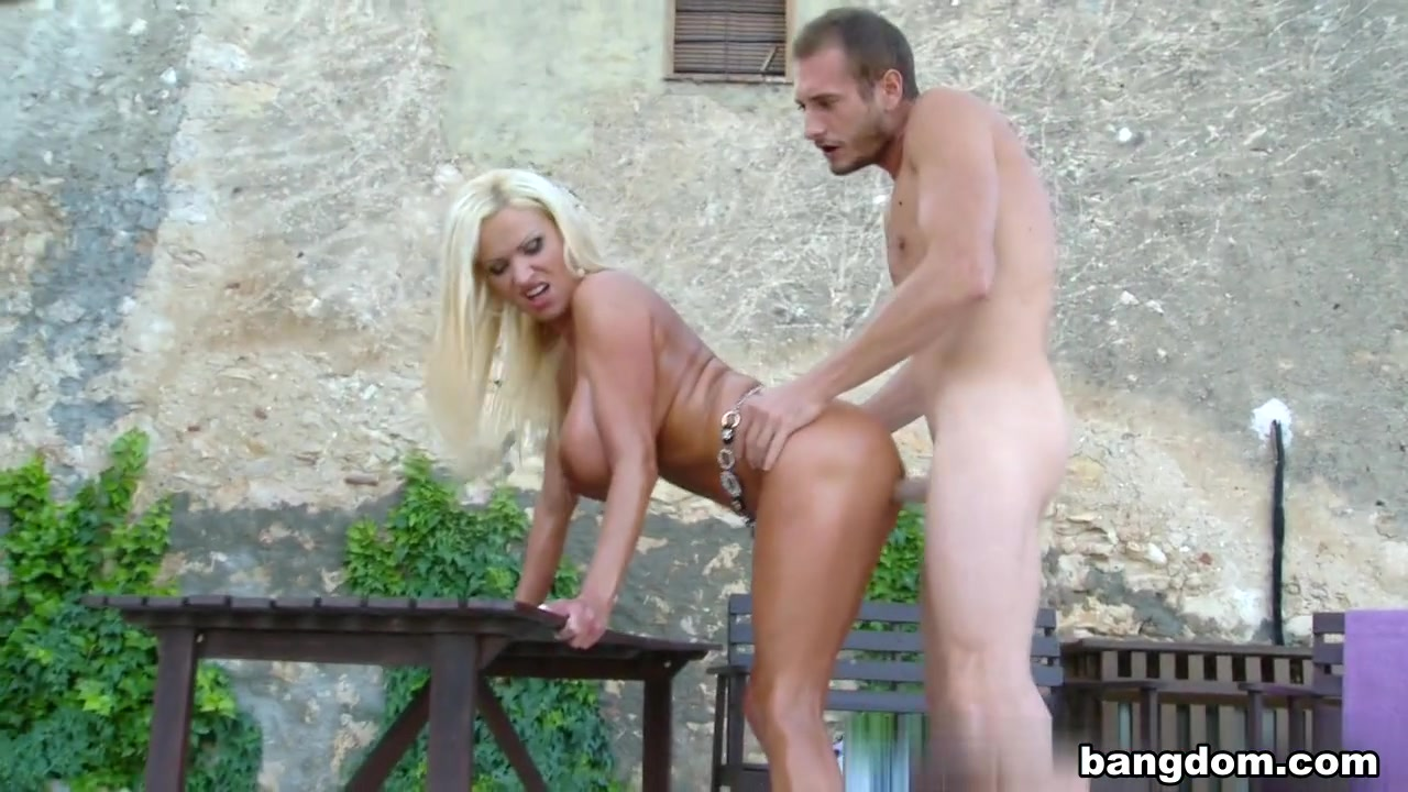 Bastelshop online dating Nude gallery