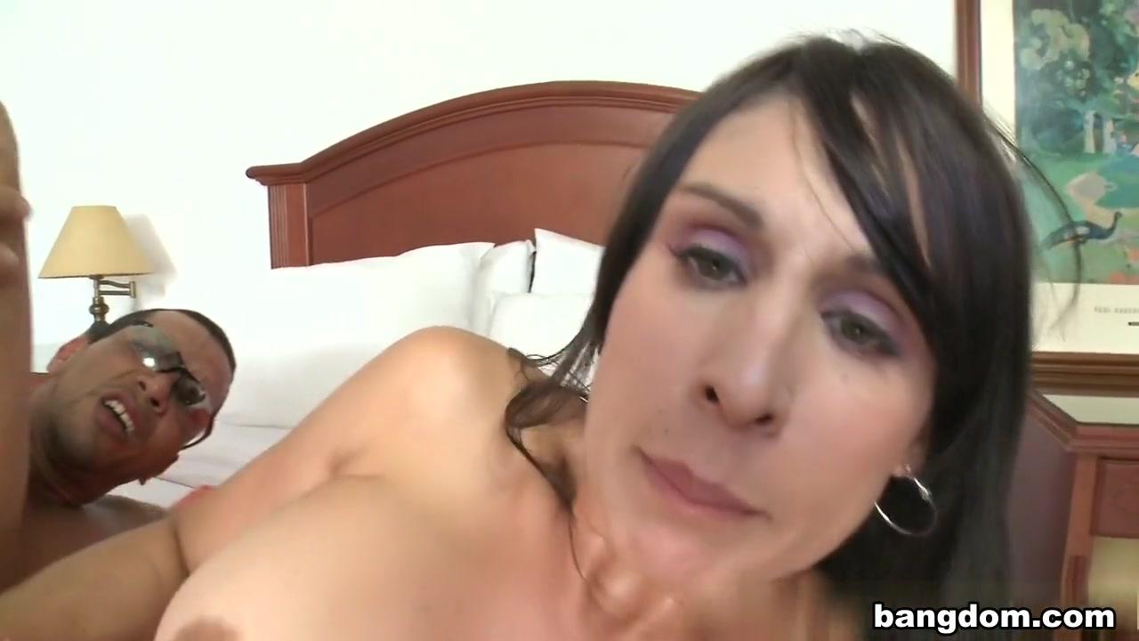 Porn pic Men want beautiful women