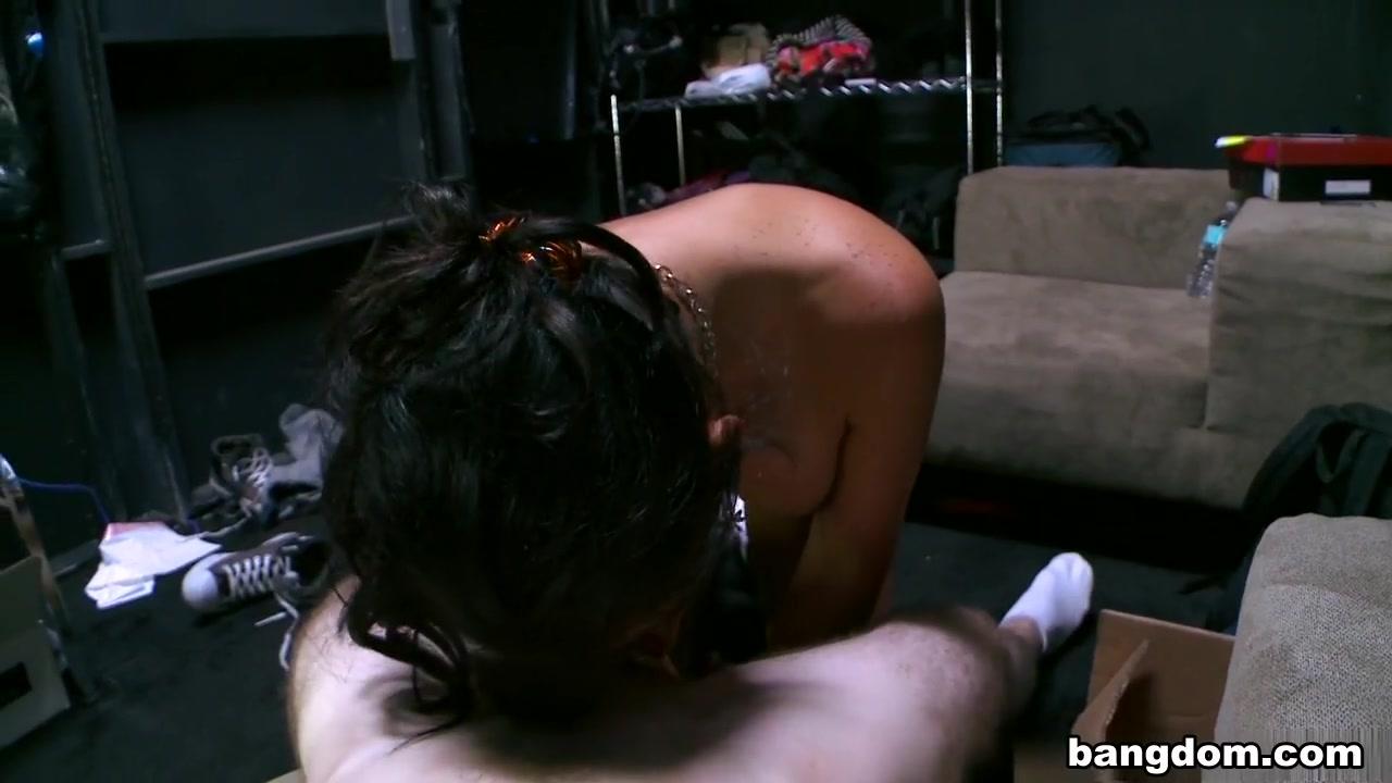 Good Video 18+ Hot erotic babes pics
