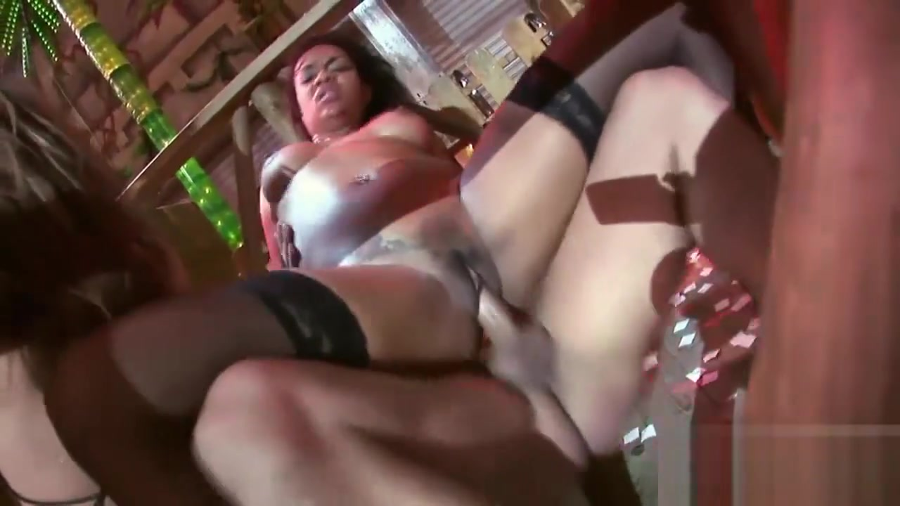 Mature with wet pussy Naked Porn tube
