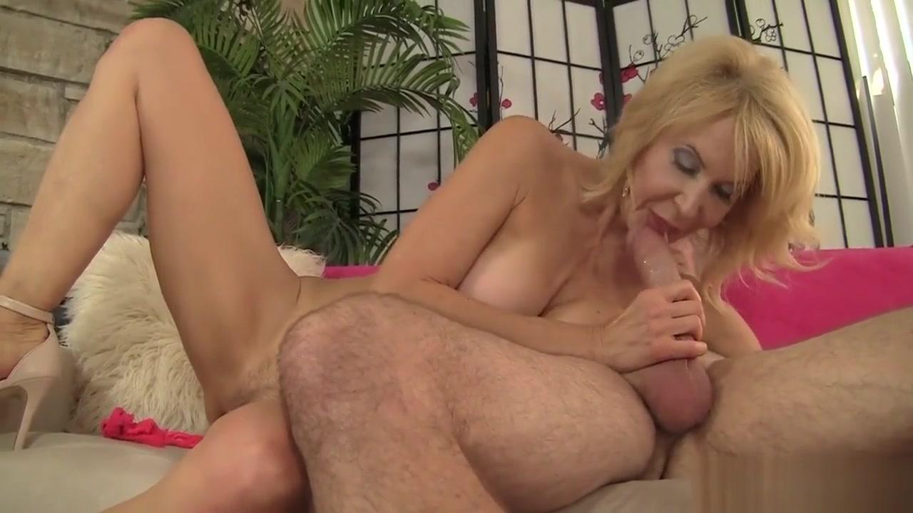 New porn Sexy butt plug pics