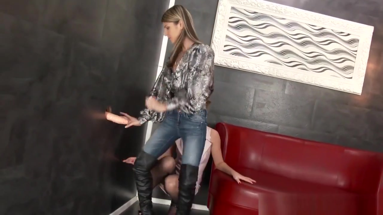 Sam u kuci 1 deo sa prevodom online dating Sexy por pics