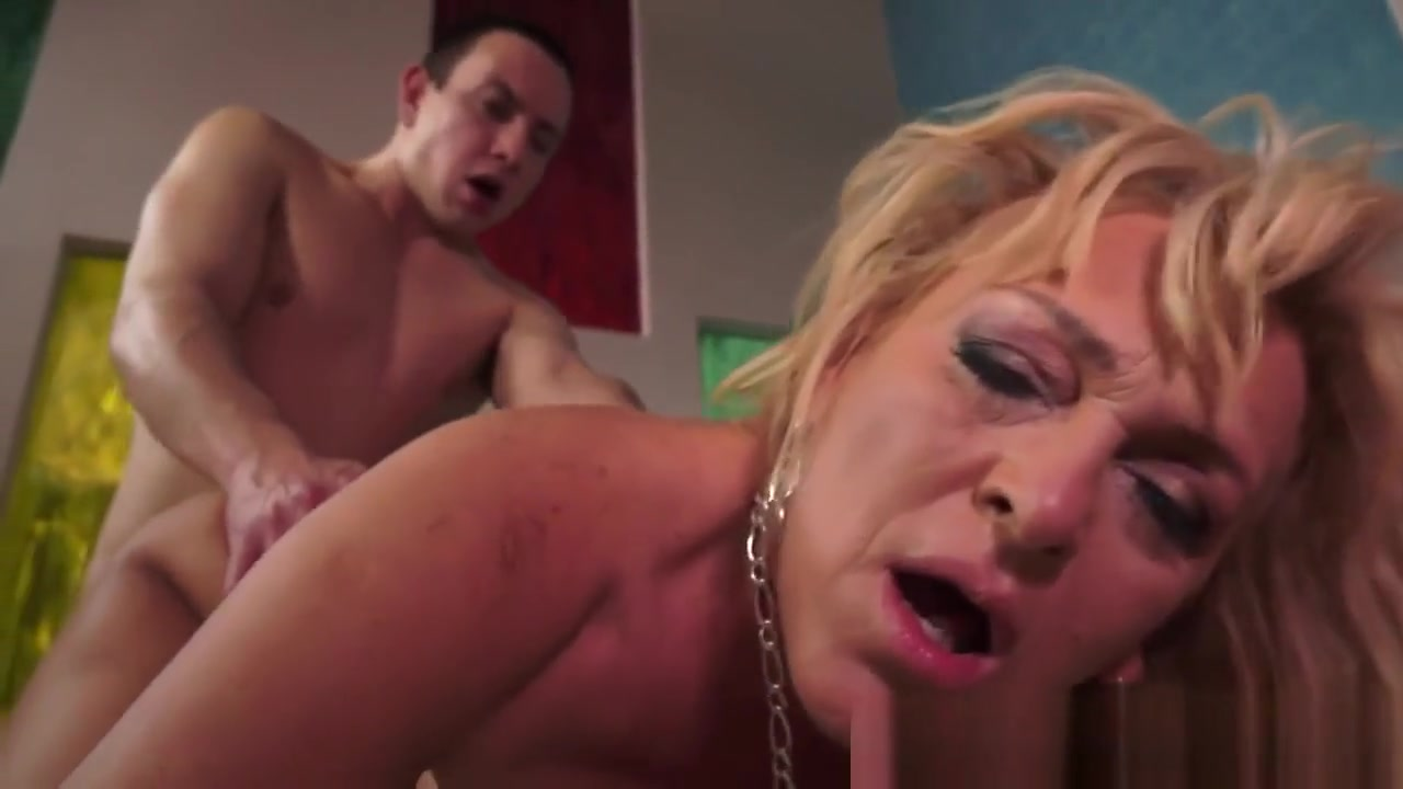 New xXx Video Apple in asshole