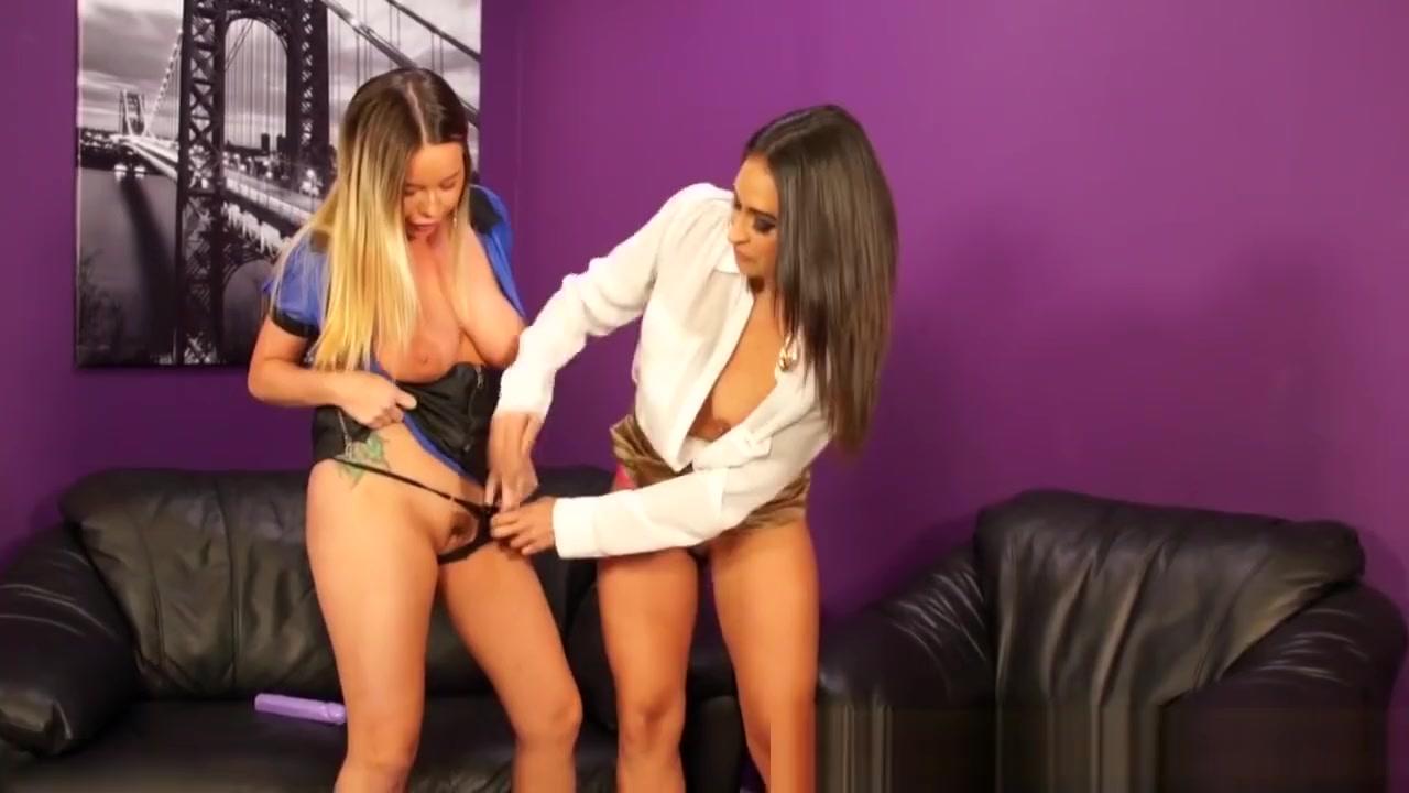 Hot Nude Casting asslick