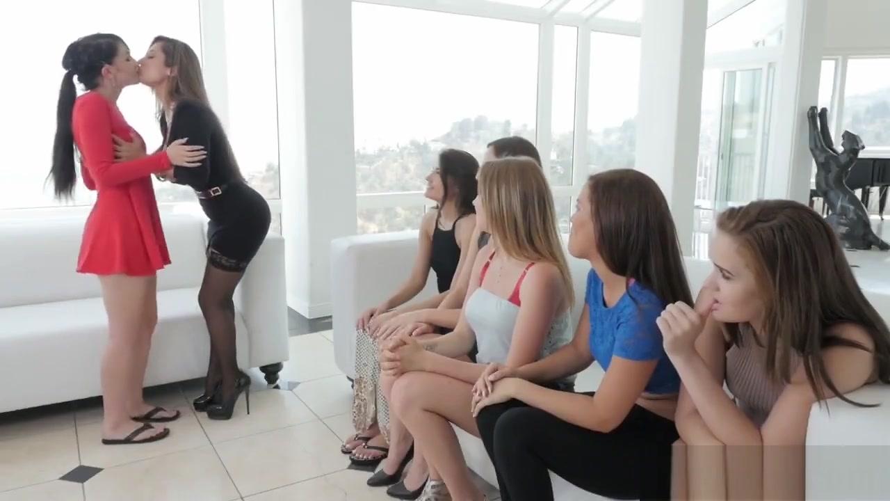 Bisexual Lesbianz porn fuckd