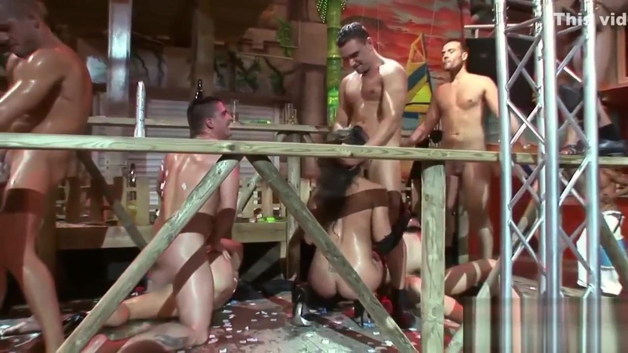 Sexy xXx Base pix Ebony naked sex