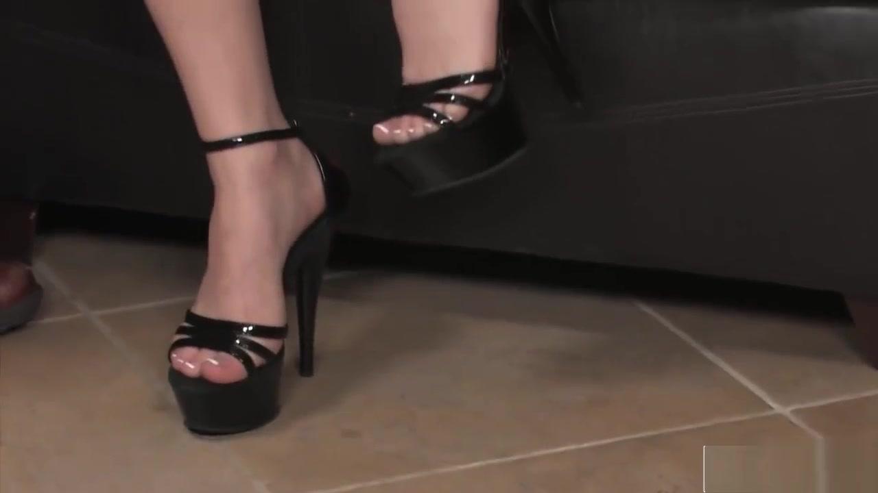 Sexy ebony footjobs Sexy xxx video