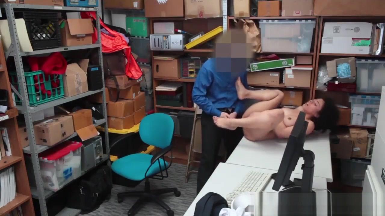 Porn pic Femdom strapon pegging tube