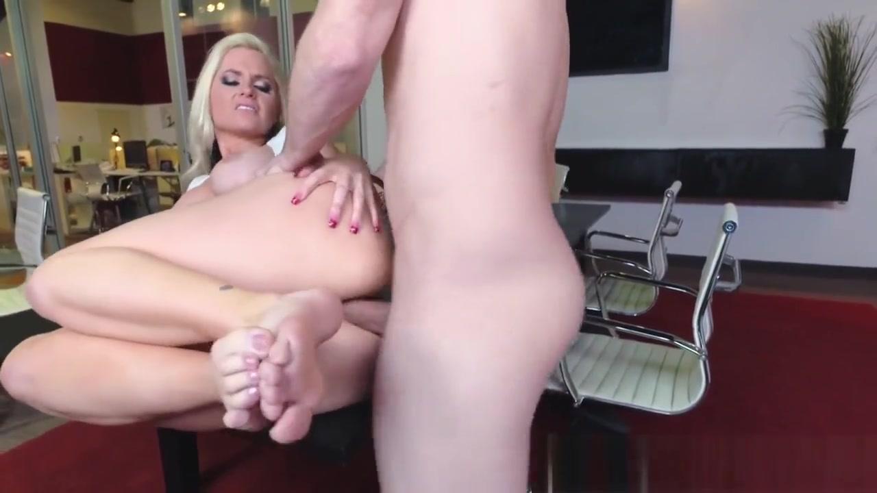 Porn pic Heidi hamilton naked
