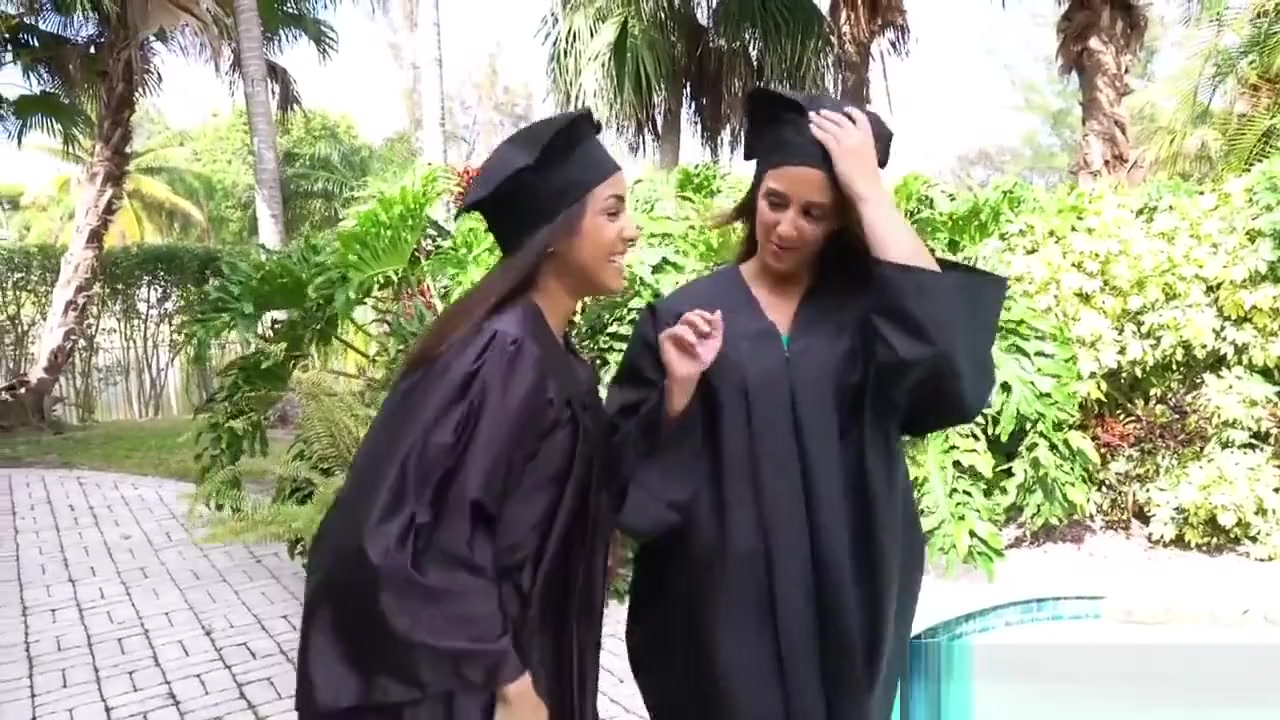 Porn pic Women bending over in short skirts