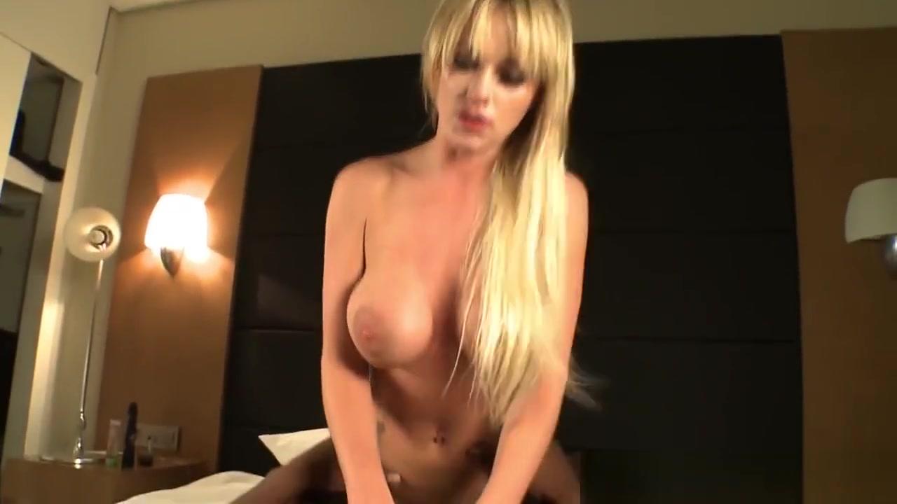 rencontre entre célibataires gratuit Nude Photo Galleries