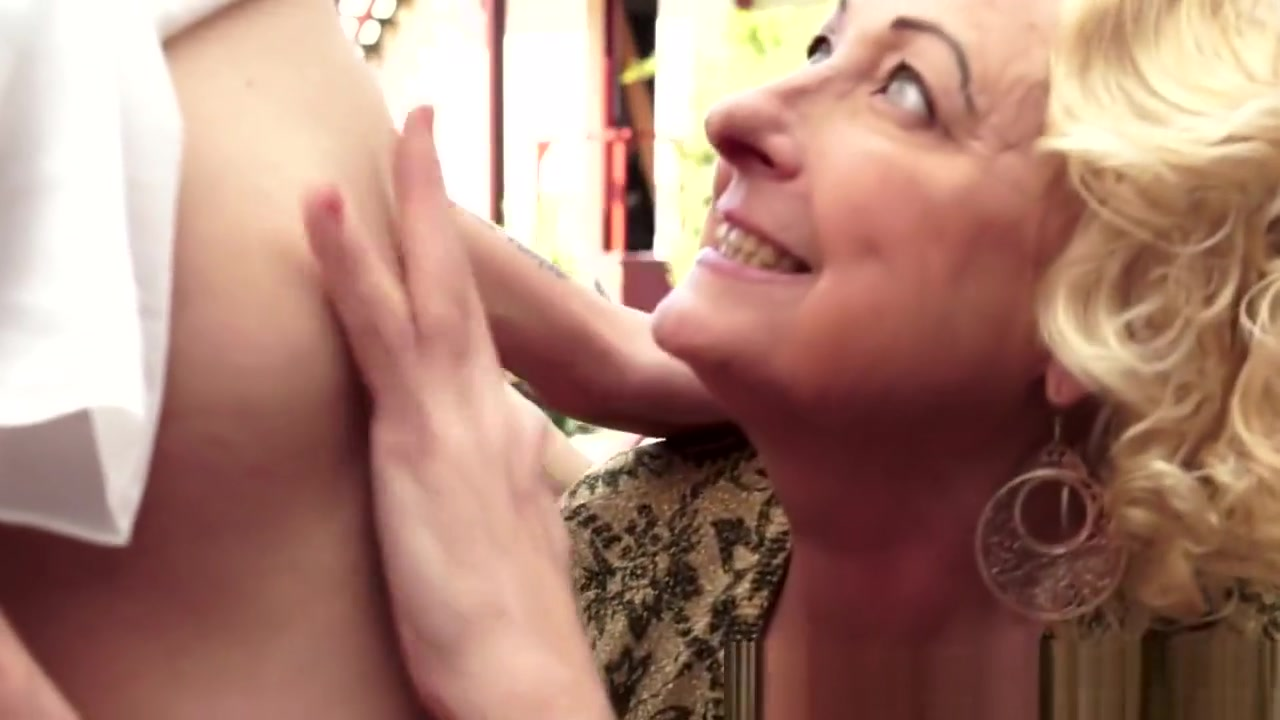 Mature slut French