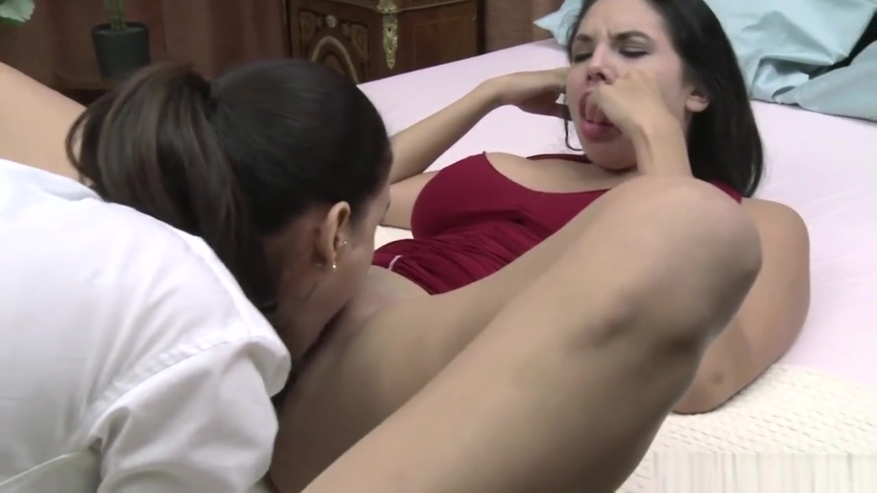 Closet orgasm lesbion Teacher