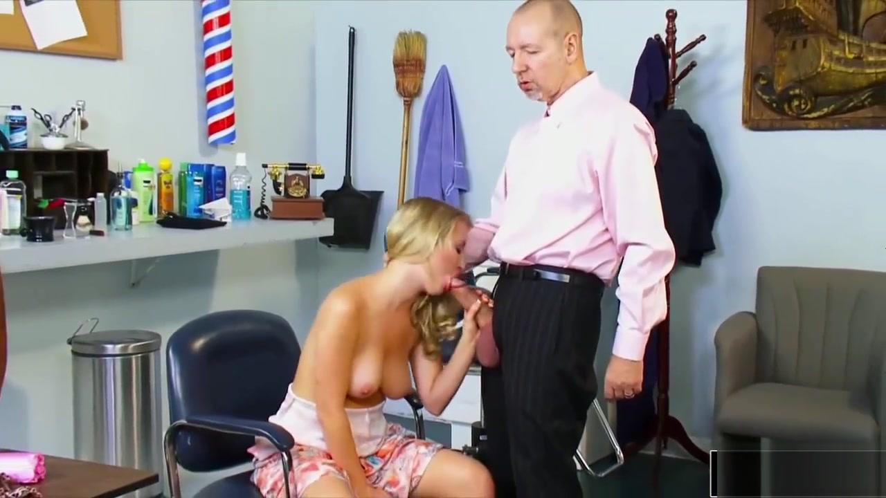 Bbw huge titties plays with toy Sexy xxx video