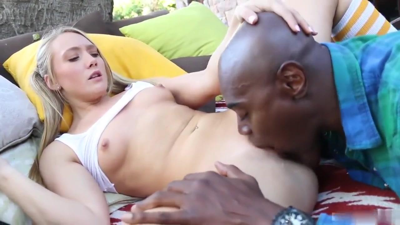 Naked xXx Sexy girls vagina pics