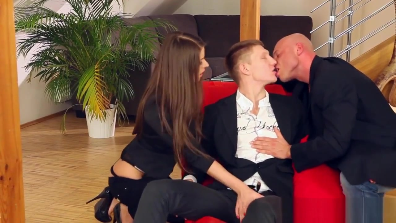 XXX Video He is dating someone else but still contacts merging