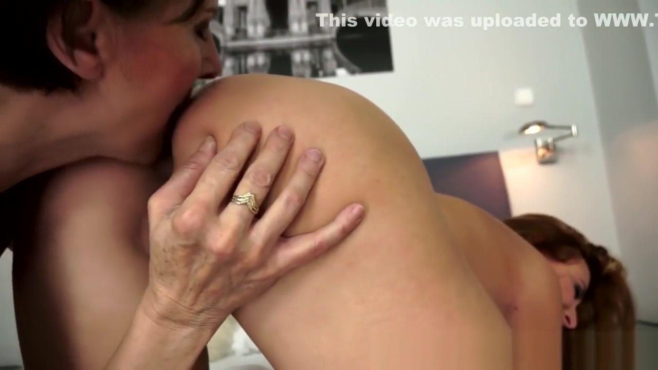 Porne masturbatian lesbia Massage