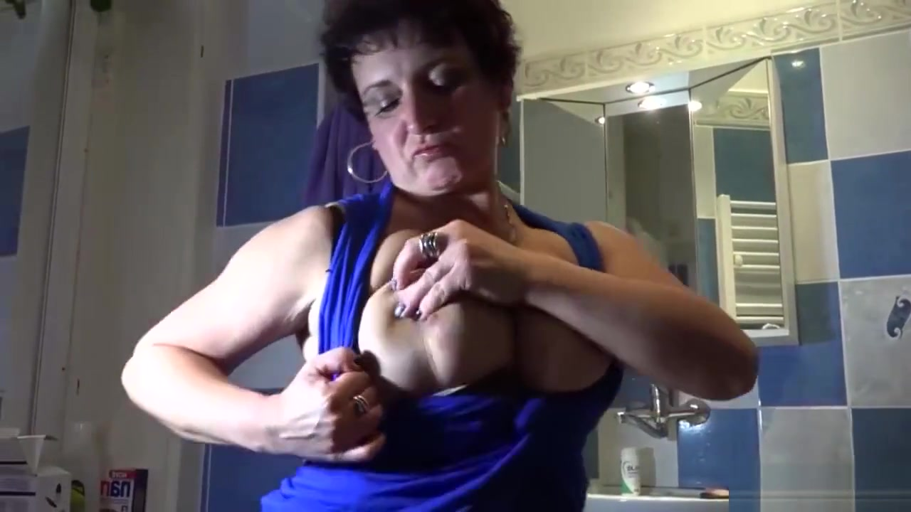 Sexy Video Pain side shooting down one