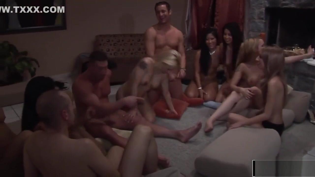 New xXx Video Spring break nude beach girls
