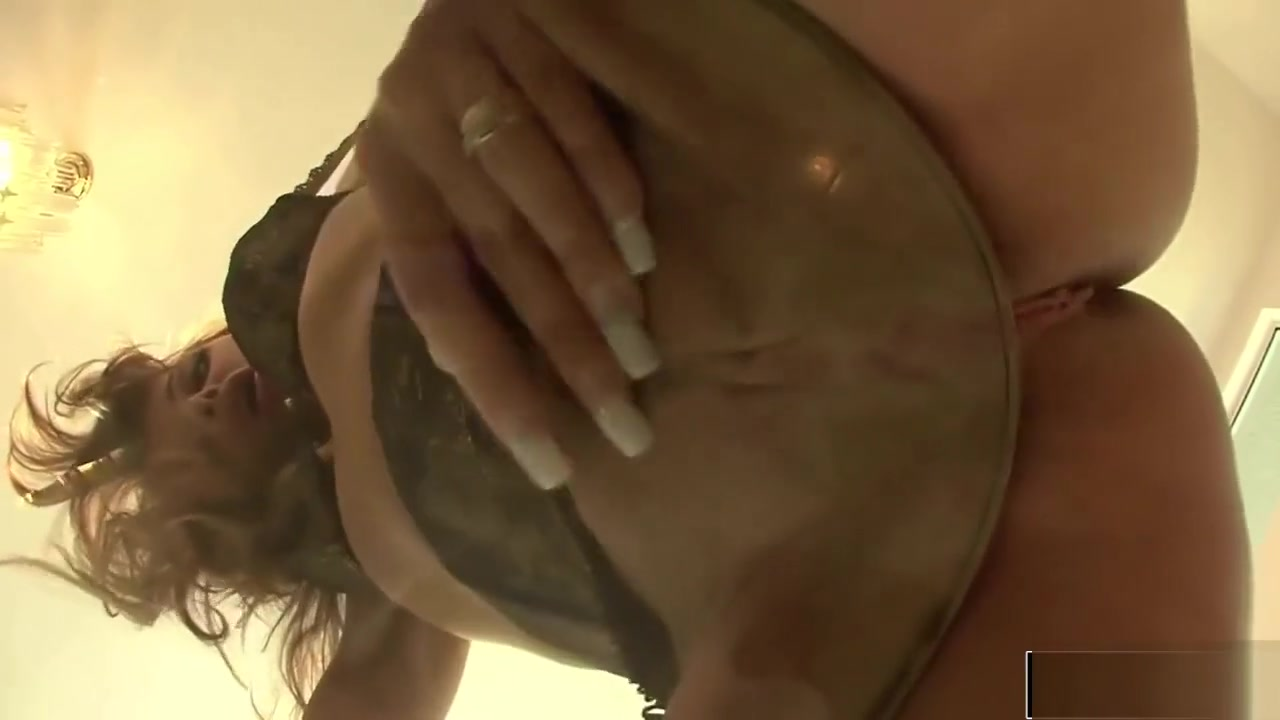 Naked Porn tube Thai sweet mature pussy