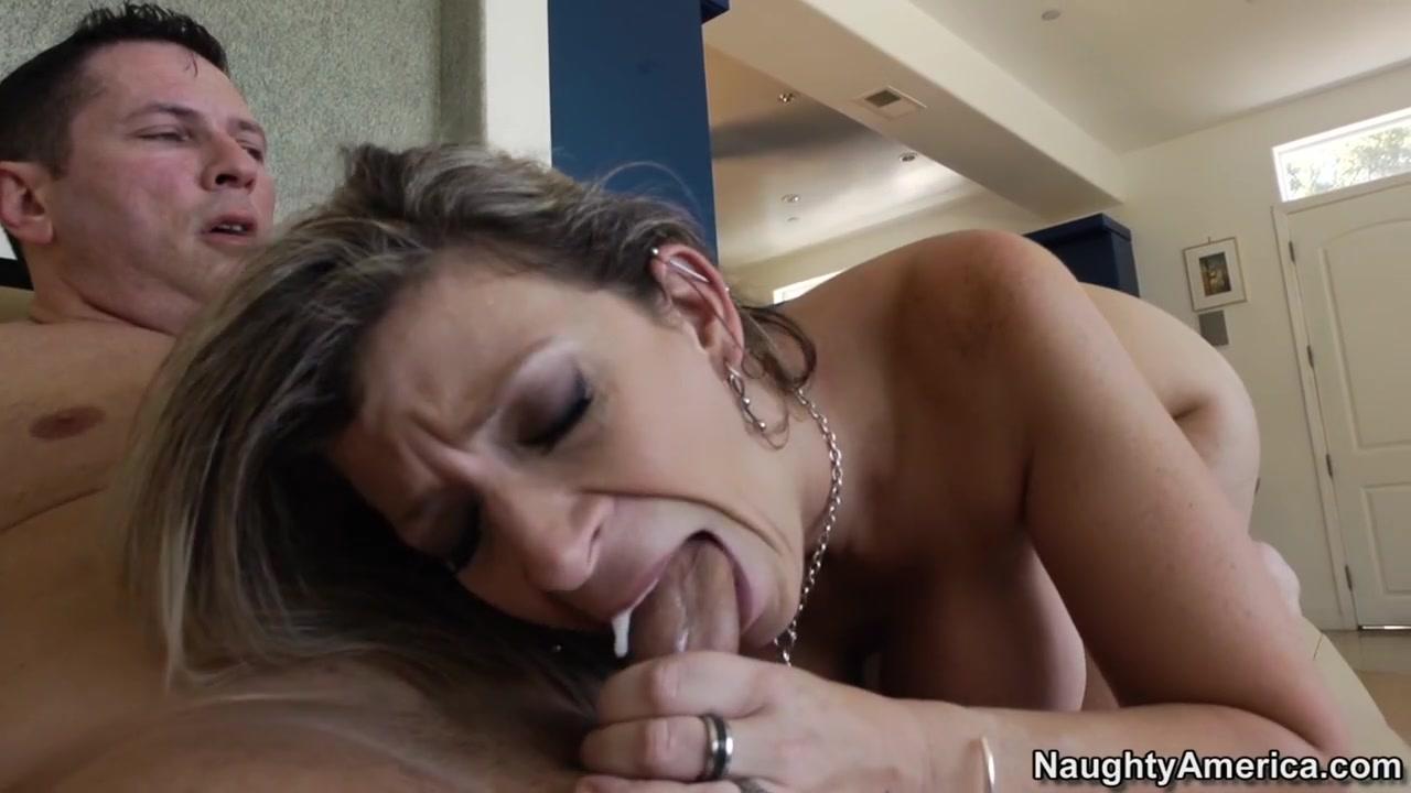Sexy Video Hot latina milf gets fucked