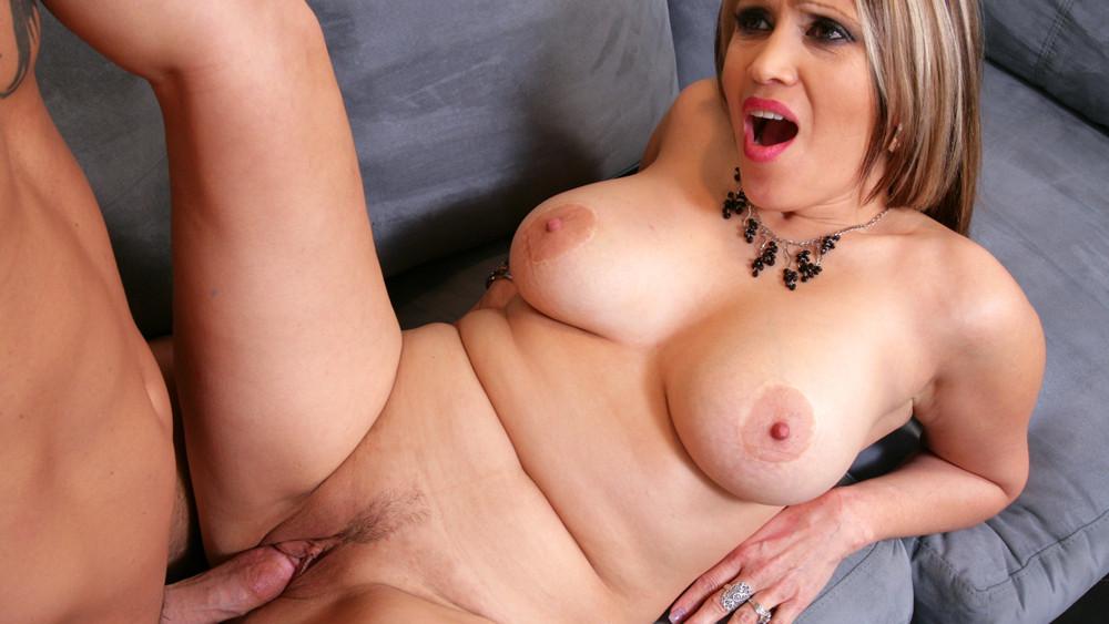 Sasha Sky & Derrick Pierce in Latina Dultery best screaming girl in porn