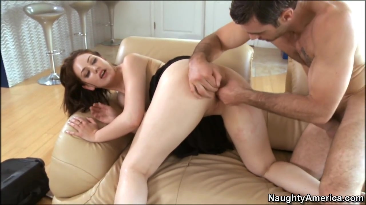 Domina Fingering Slaves Mouth And Spanking XXX Video
