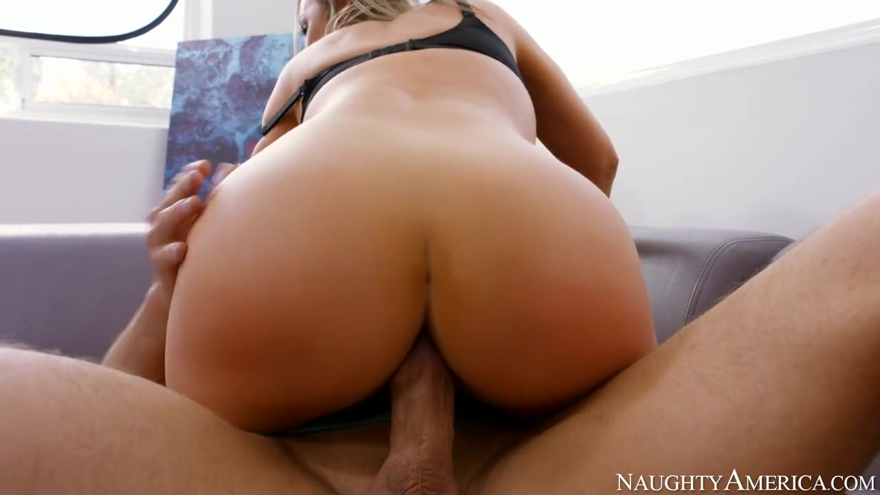 Hot xXx Video Guy and a lot of mature women