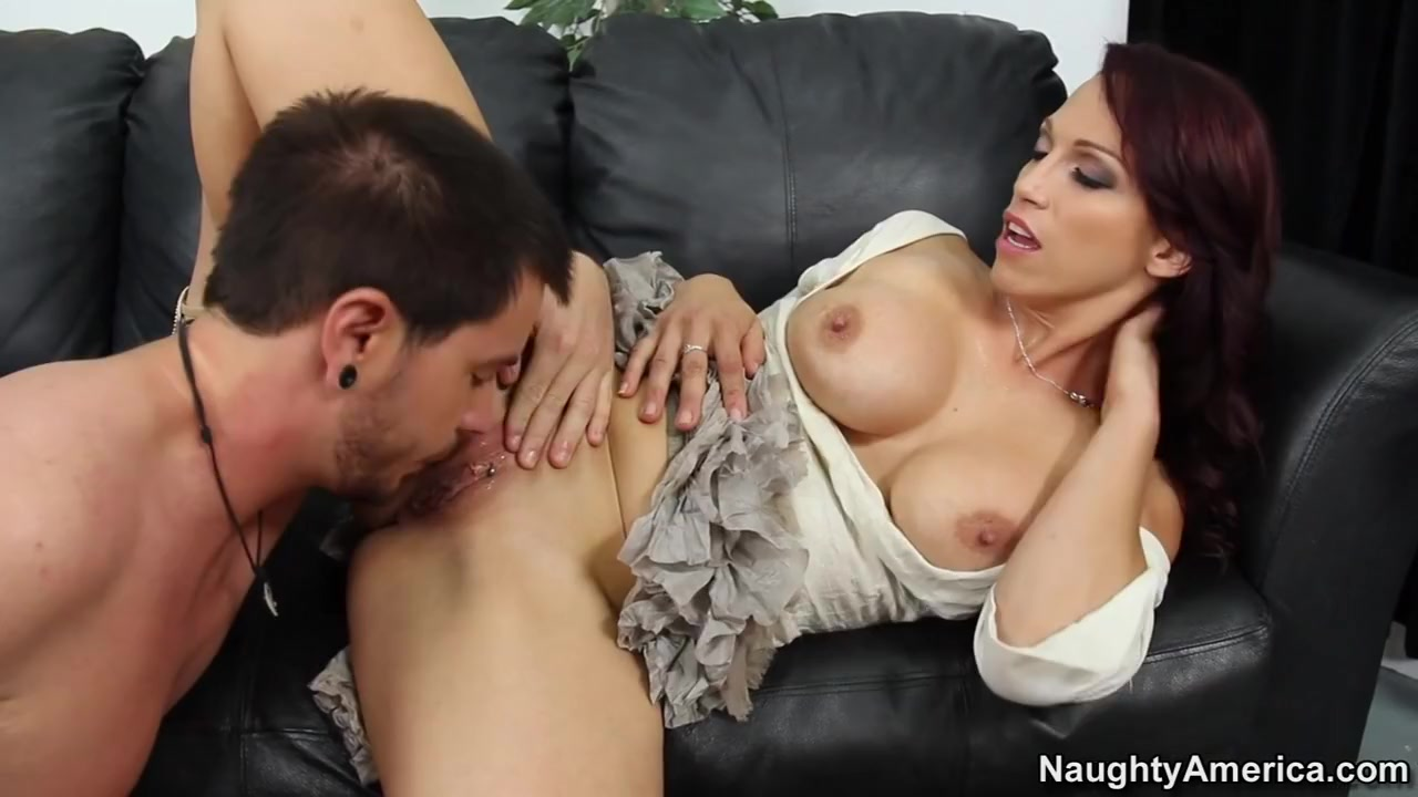 Hot xXx Video Brother and sister sexy clips