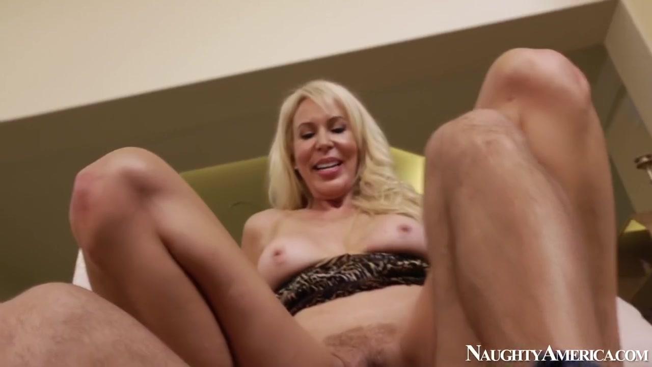 Holo themer xdating Nude photos