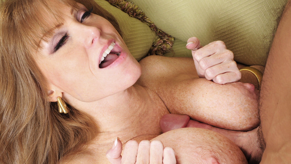 Darla Crane & Johnny Castle in Seduced by a Cougar Fucking After Yoga