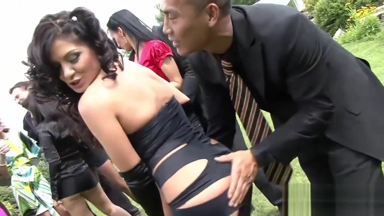 Hot Dames Pleasure Boners At A Party Horny bbw granny