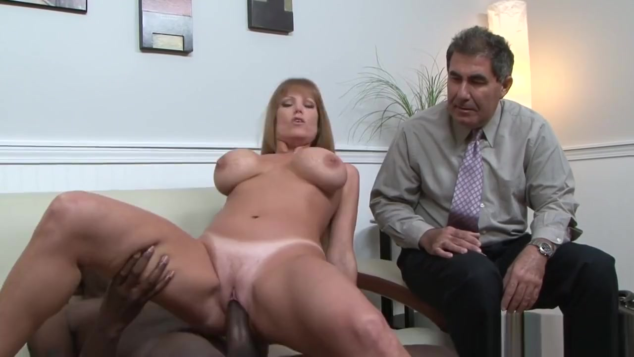 Real Milf Fucked Hard In Cuckold Action Mature women in Krk