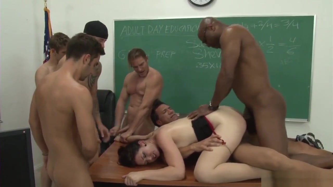 Brutalclips Teacher Services Her Class Body builder fucks