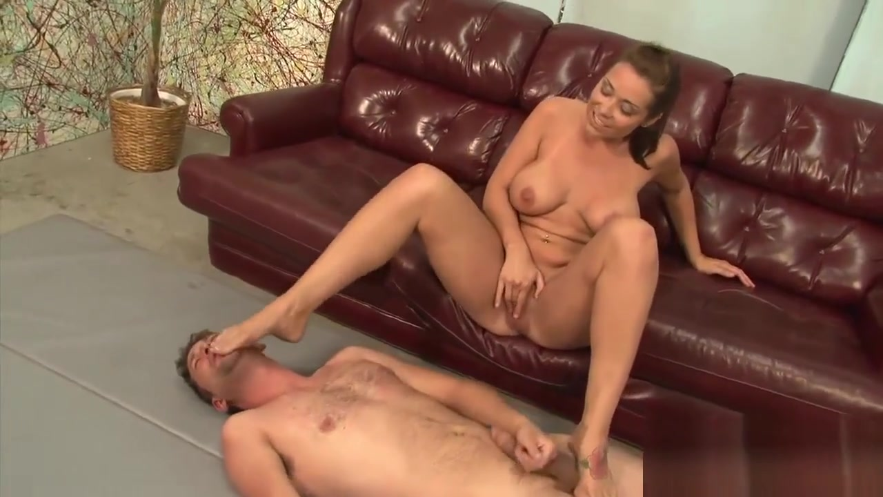 New xXx Video Spying hairy curvy milf Esther in the shower