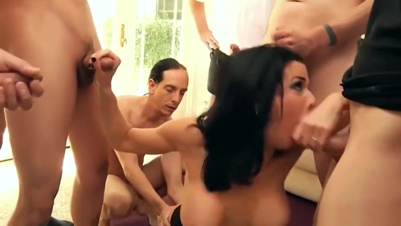 Naked xXx Sunny leone as sexy