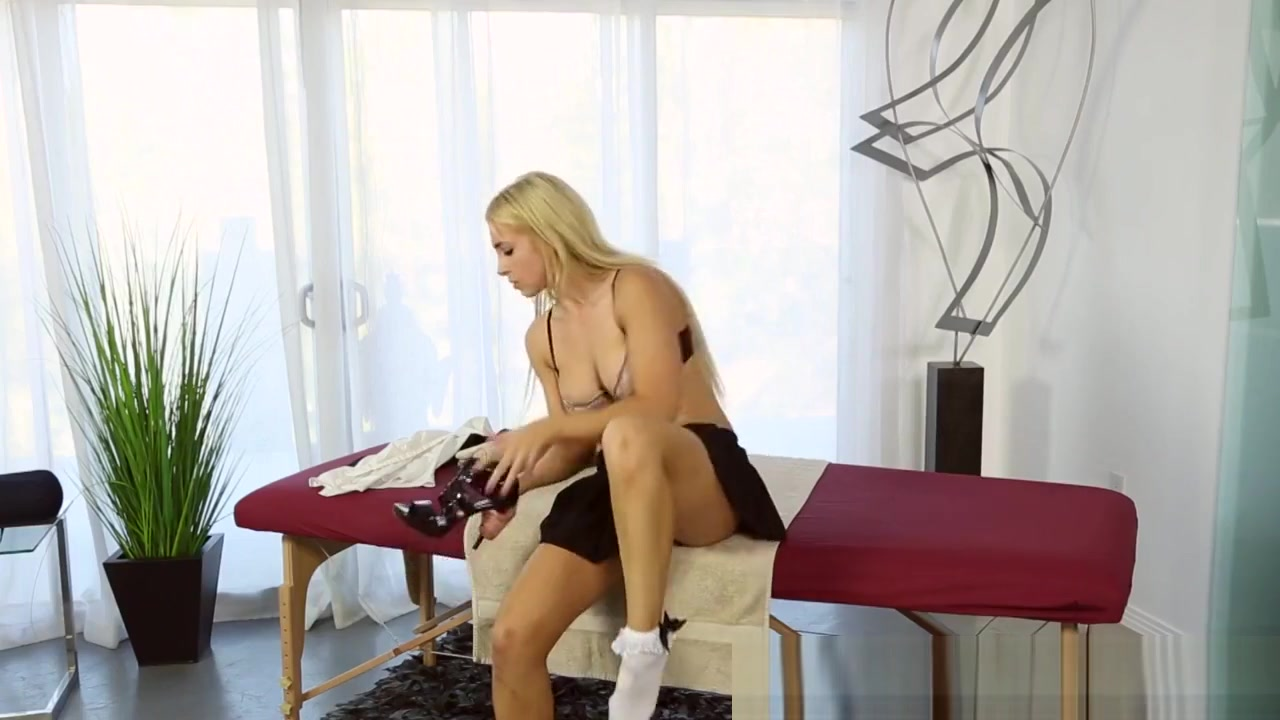 XXX Video Mature women free sex movies