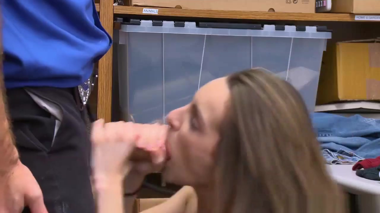 Pussy peeing outside 18+ Galleries