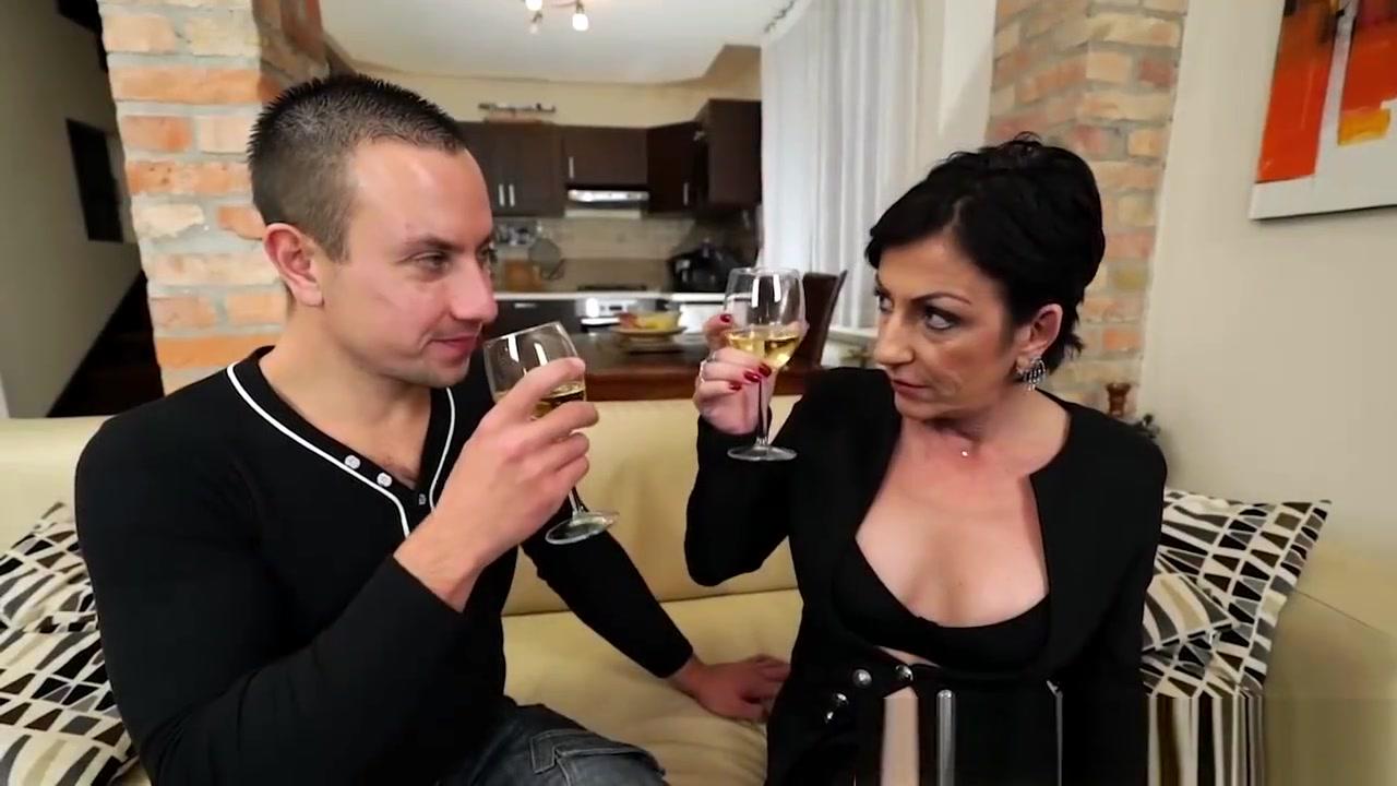 Fisting mature video free Porn FuckBook