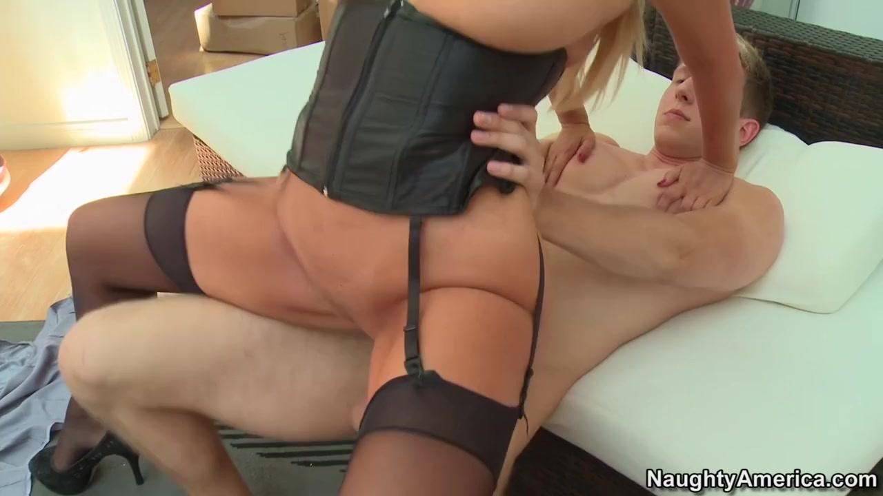 Mature blowjob get huge facial Sexy Video