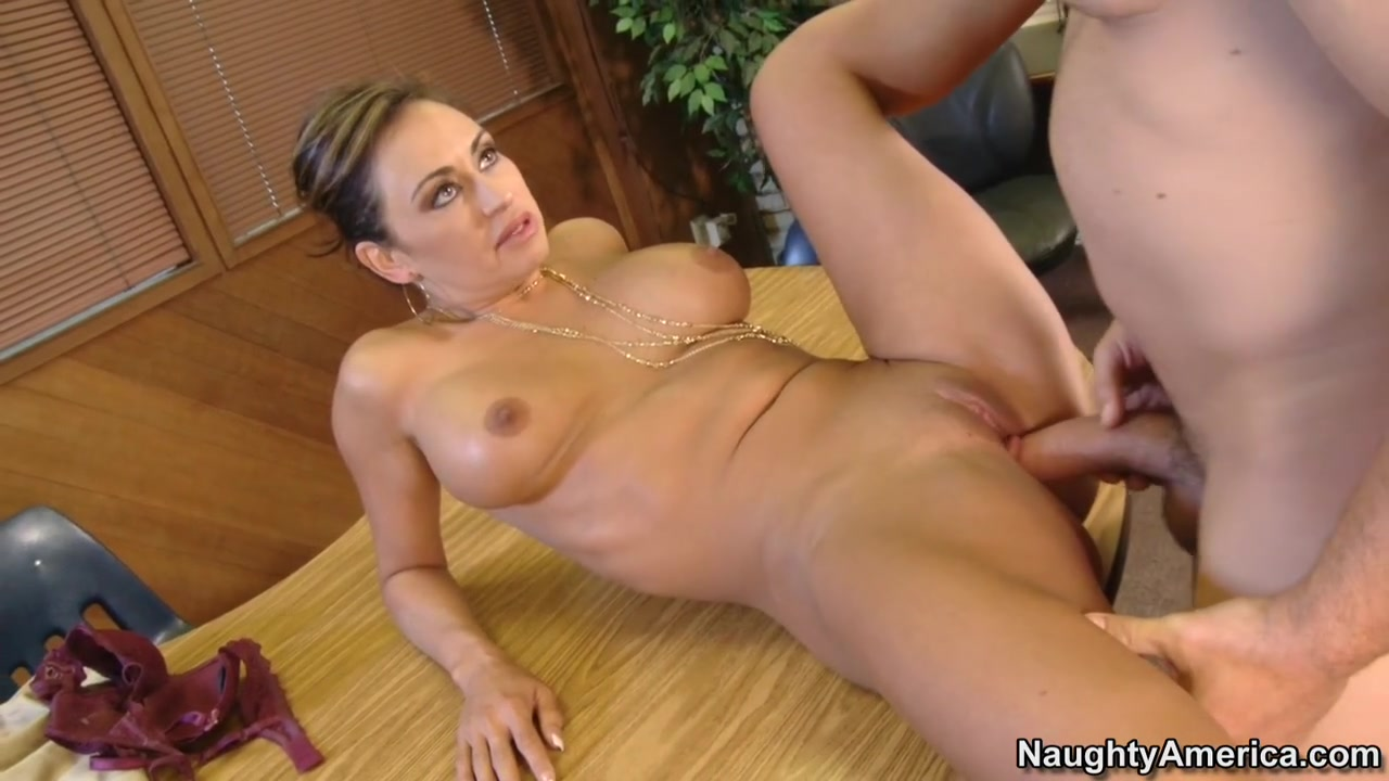 Nude tiny shaved pussy Adult archive
