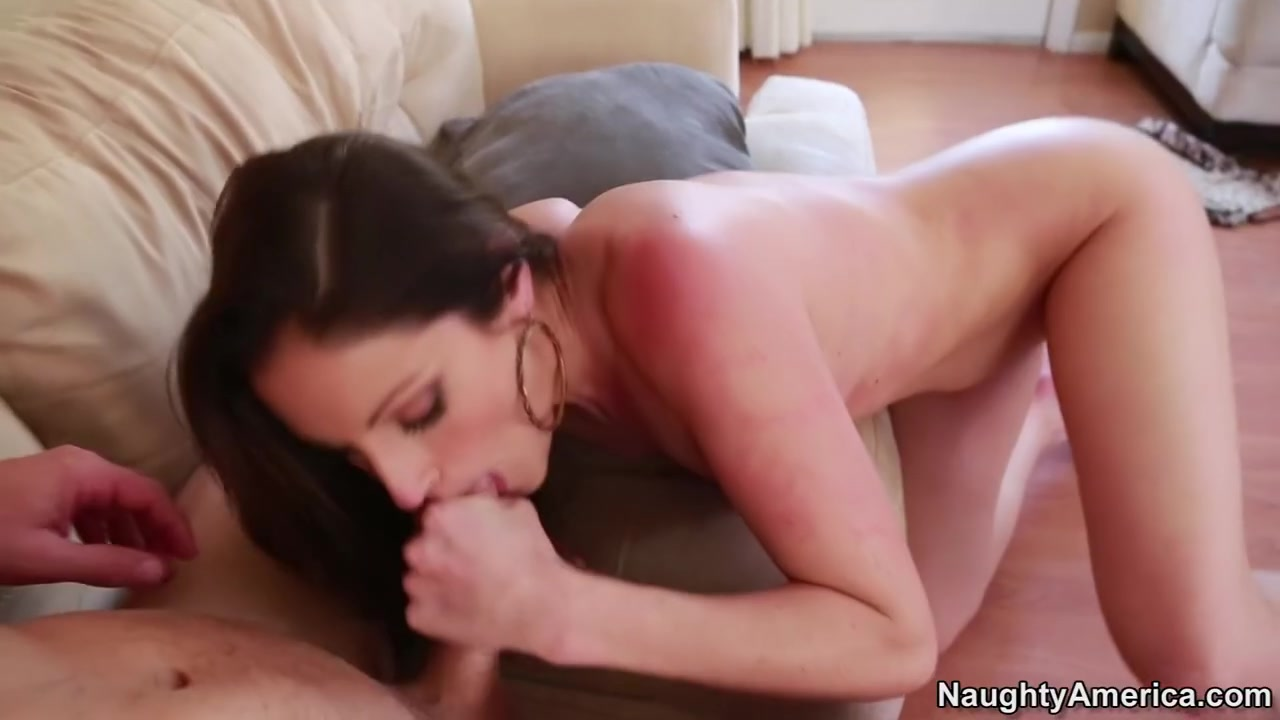 Double Penetration and Creampie Addict Whore Gets Stretched Sex photo